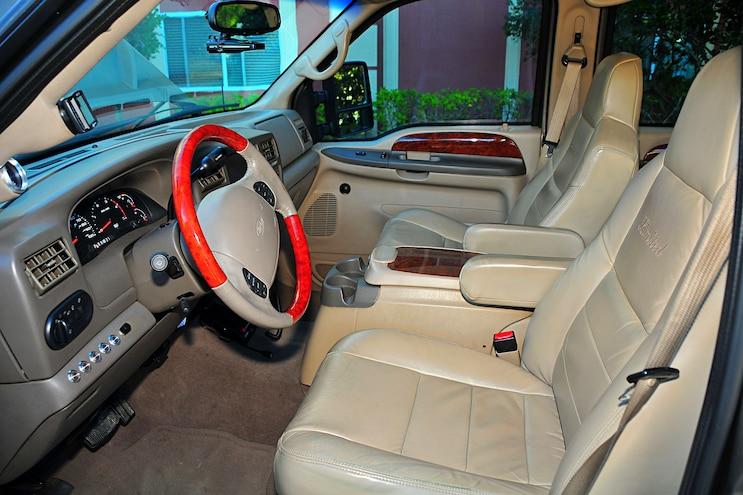 2002 Ford Excursion Goldilocks Interior