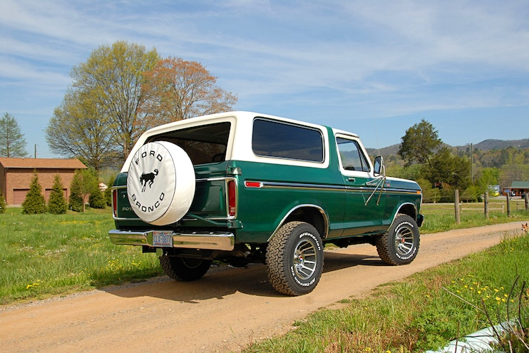 002 1979 Bronco Xlt Right Three Quarter Rear