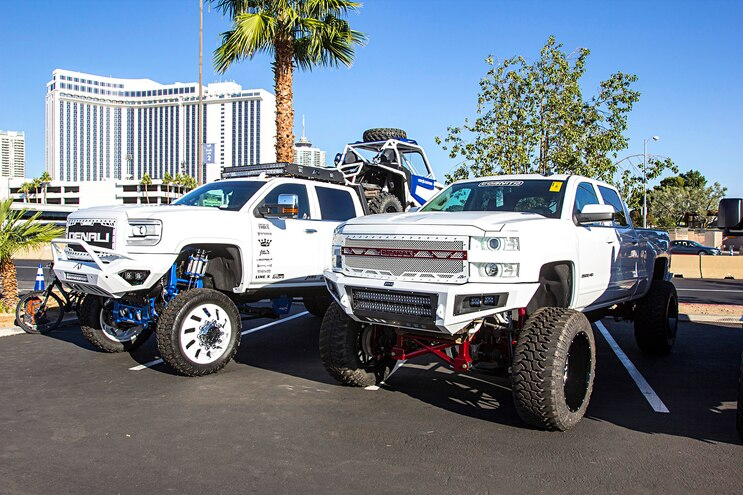 8-Luggers of the SEMA 2016 Show