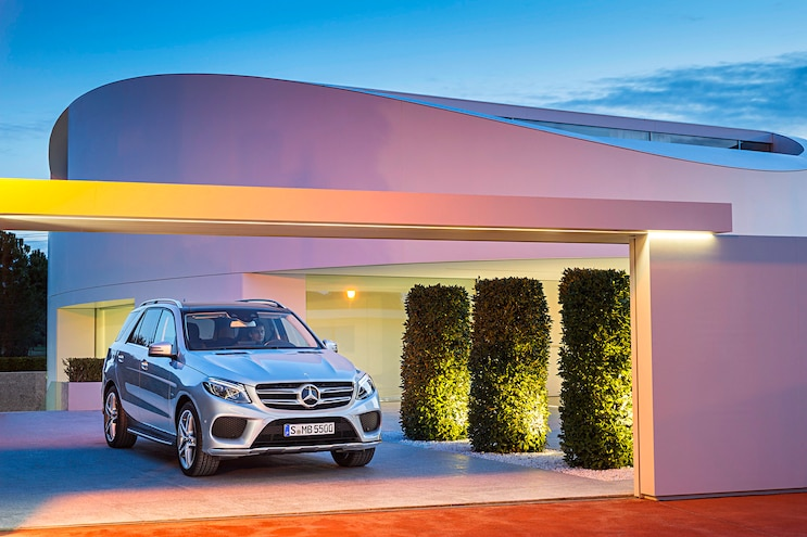 2017 Mercedes GLE Class GLE500e Pictured Front Passenger Side Static