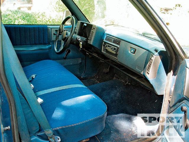 1989 Chevy S-10 - Interior Restoration - Tech