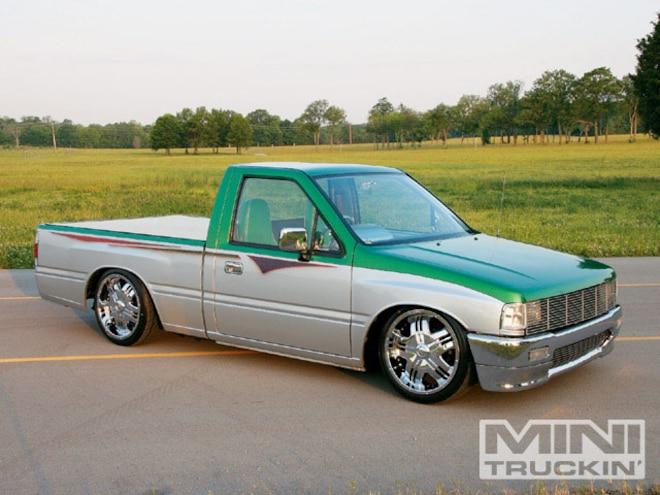 1990 Isuzu Pickup - Custom Truck - Mini Truckin' Magazine