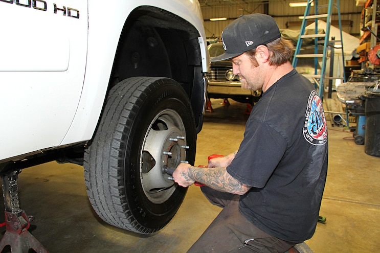 2012 Gmc 3500 Hd Sierra Lowering Remove Factory Wheels