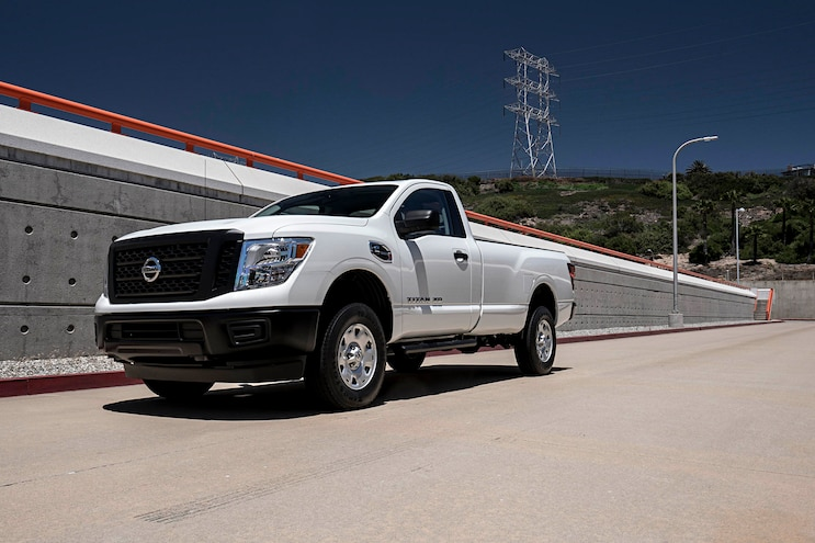 Work Truck News: '17 Nissan Titan Single Cab