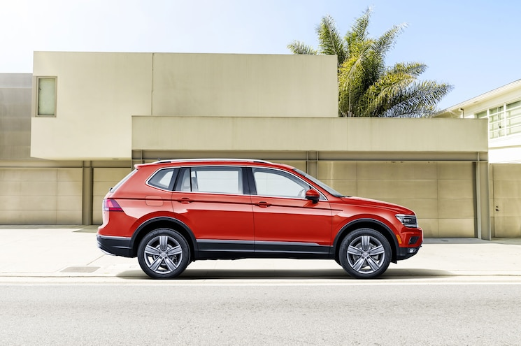 2018 Volkswagen Tiguan Us Spec Side Profile