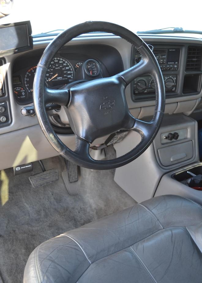 2002 Chevrolet Silverado 2500 Interior Full