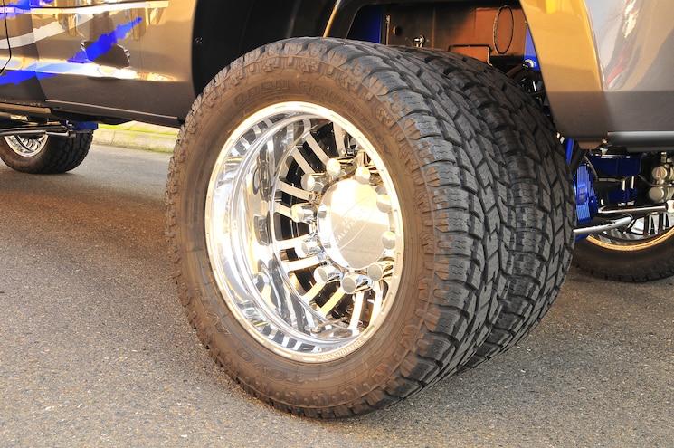 2014 Ram 3500 323 Dually Sportz Wheel