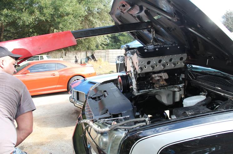 2003 Chevrolet Avalanche Cherry Picker Installing 408 Lsx Engine