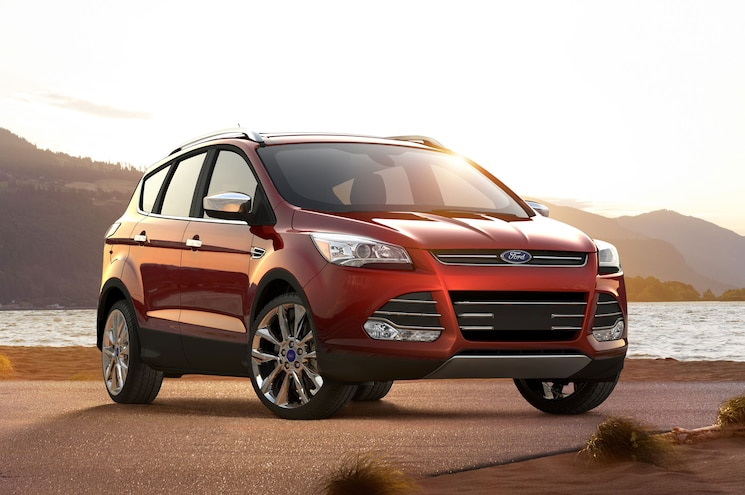 2016 Ford Escape Front Three Quarter 03