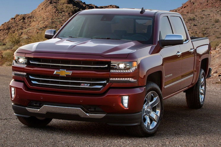 2016 Chevy Silverado 5.3L with Eight-Speed Gets 1 MPG Less Than Six-Speed