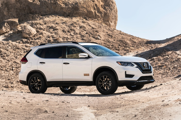 """2017 Nissan Rogue """"Rogue One Star Wars Limited Edition"""" Drops in Los Angeles"""