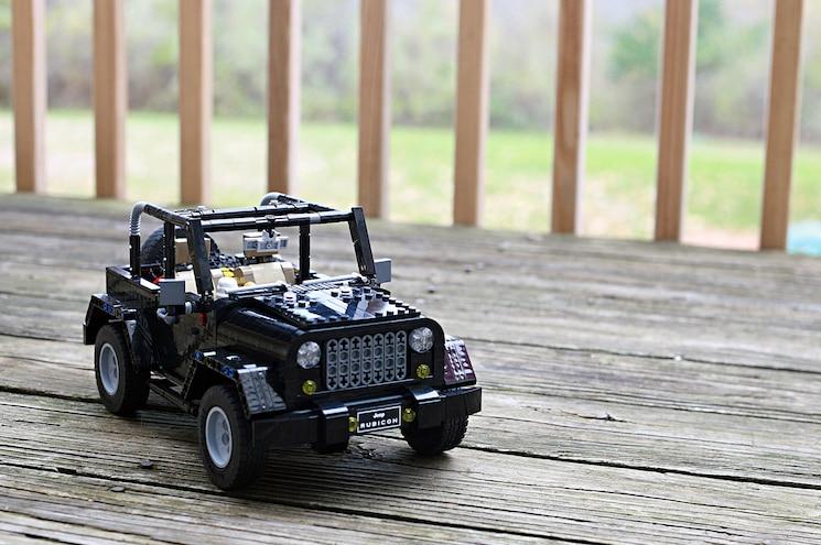 Lego Ideas Jeep Rubicon Front Quarter 01