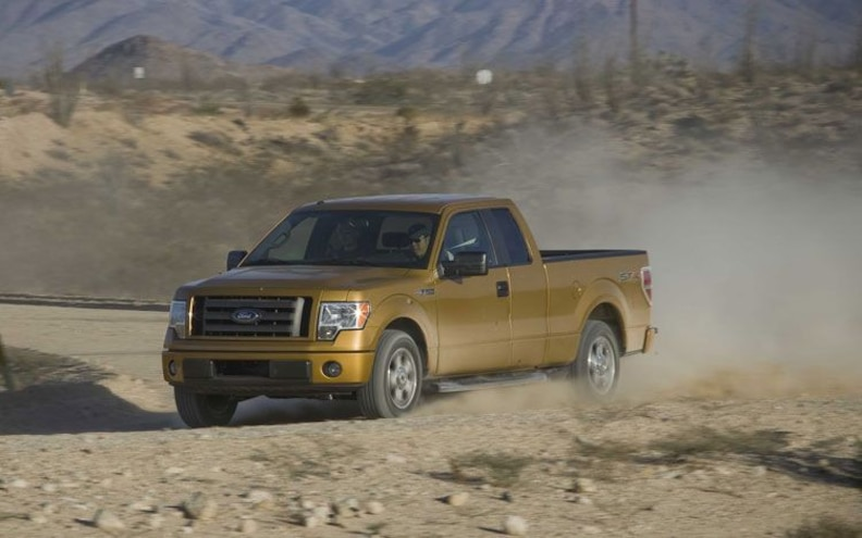 2009 Ford F 150 front Three Quarter View
