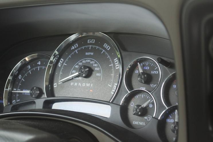 011 2006 Gmc Sierra 2500hd Gauge Cluster