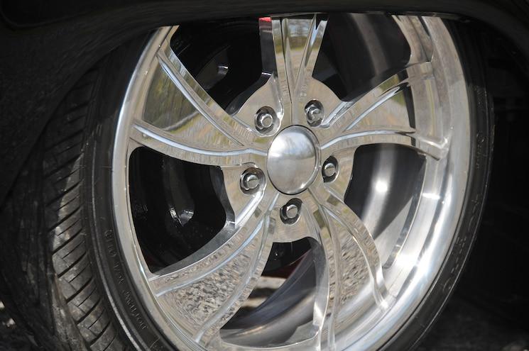 1992 Mitsubishi Mighty Max Wheel