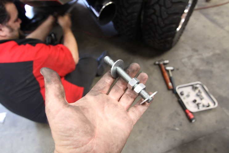 Sulastic Shackles Install 009