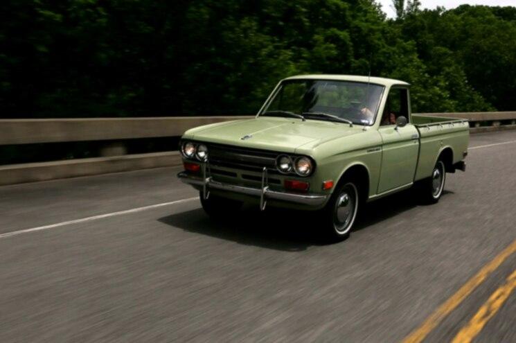1972 Datsun 521 Pickup Front Quarter 04