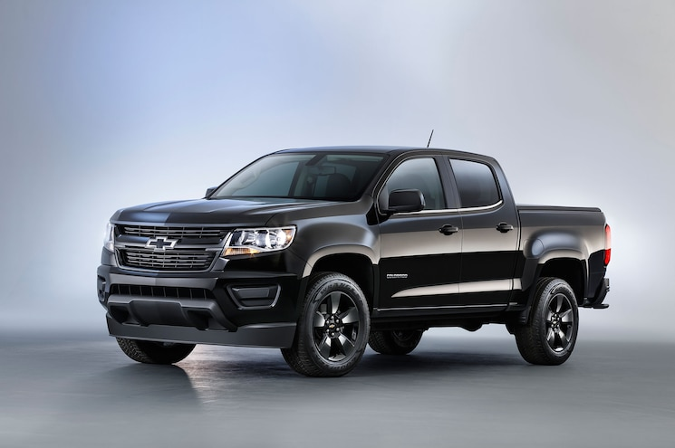 2016 Chevrolet Colorado Midnight Edition Front Quarter Studio