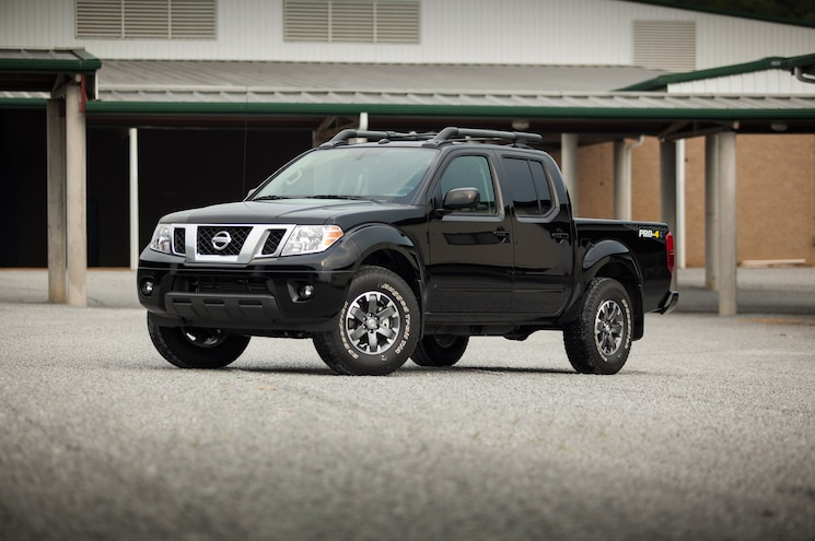 2015 Nissan Frontier Front Three Quarter