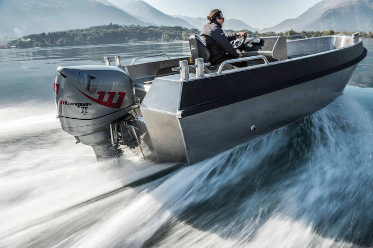 Neander Shark Dtorque 111; Revolutionary Compact and Powerful Turbo Diesel Marine Outboard