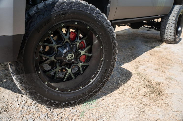 2015 Gmc Yukon Xl Chris Kyle American Sniper Wheels And Tires
