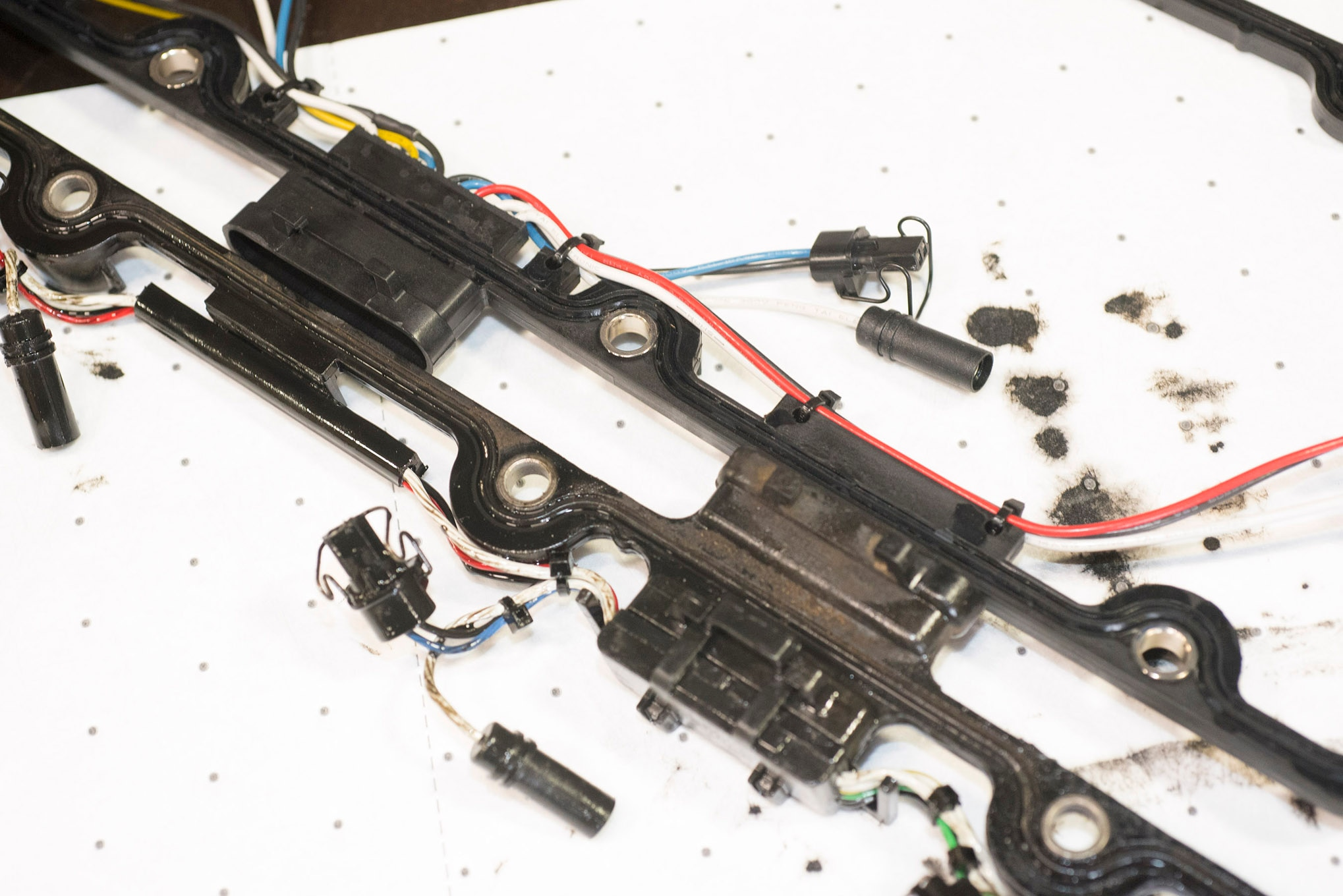 Tips to Make Ford 7.3L Top-End Re-Seal/Tune-Up Easier Obs Injector Wiring Harness on