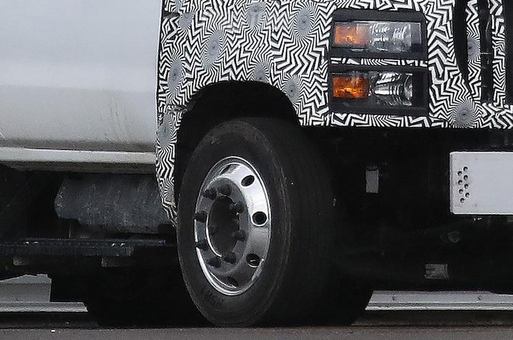 2018 International General Motors Medium Duty 8 Lug Wheels
