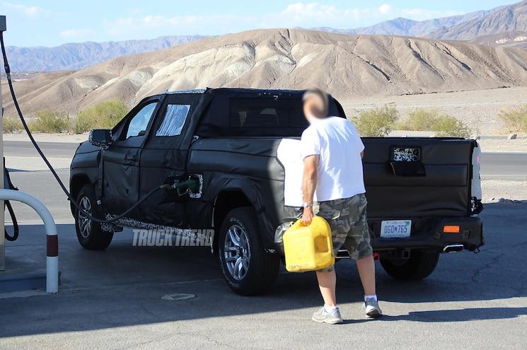 SPIED: 2019 Chevrolet Silverado 1500 Diesel!