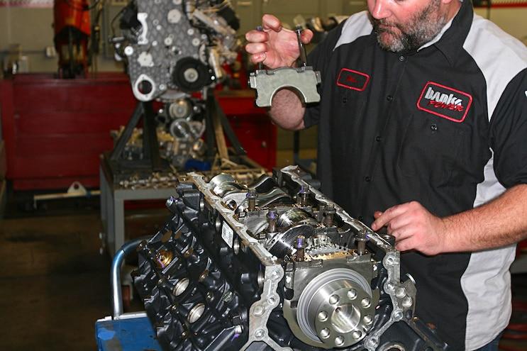 6.6l Duramax L5P Main Bearing Cap Removal