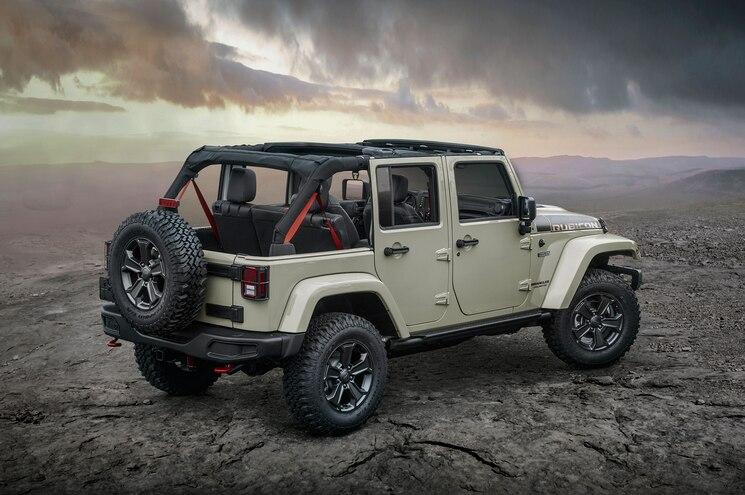 2017 Jeep Wrangler Rubicon Recon Rear Angle