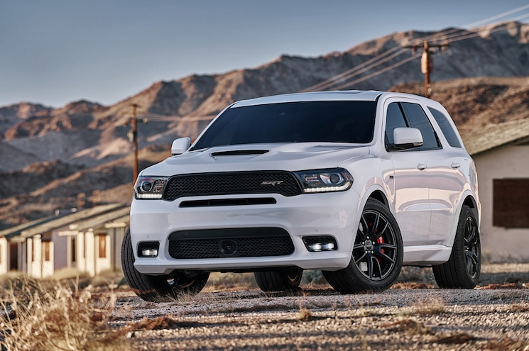 2018 Dodge Durango Srt Exterior Front Quarter 01