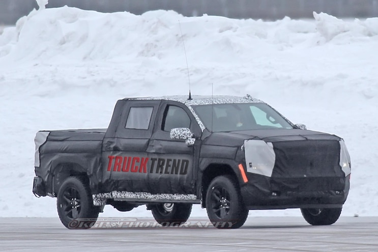 Spied! 2019 Chevrolet Silverado Winter Testing