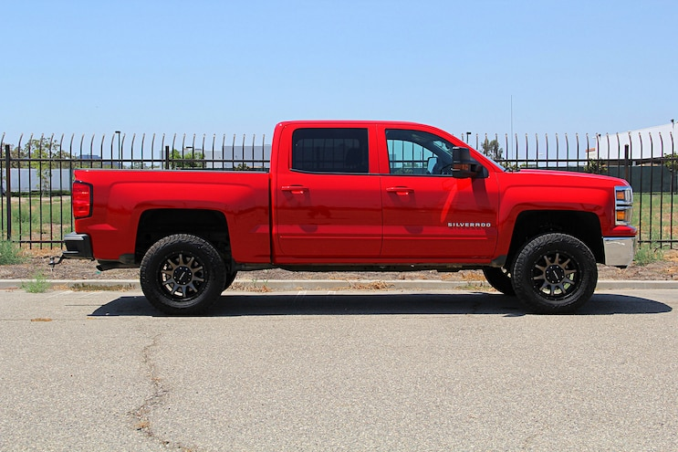 We Install A Readylift 4 Inch Suspension System On A 16 Silverado 1500