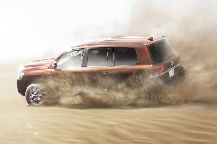 2016 Toyota Land Cruiser 200 Japan Spec Desert