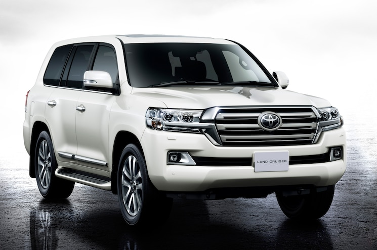 Toyota Gives Land Cruiser a Facelift…For Japanese Market