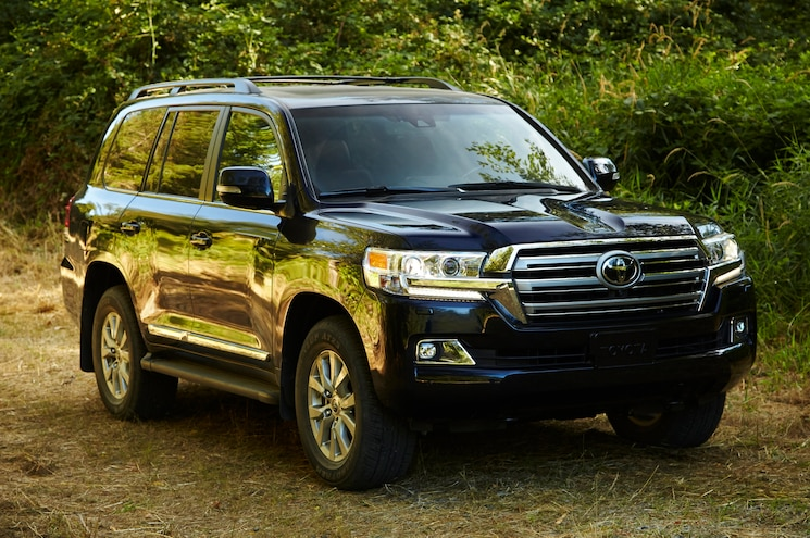 Toyota Drops 200-Series Land Cruiser in U.K. for 2016