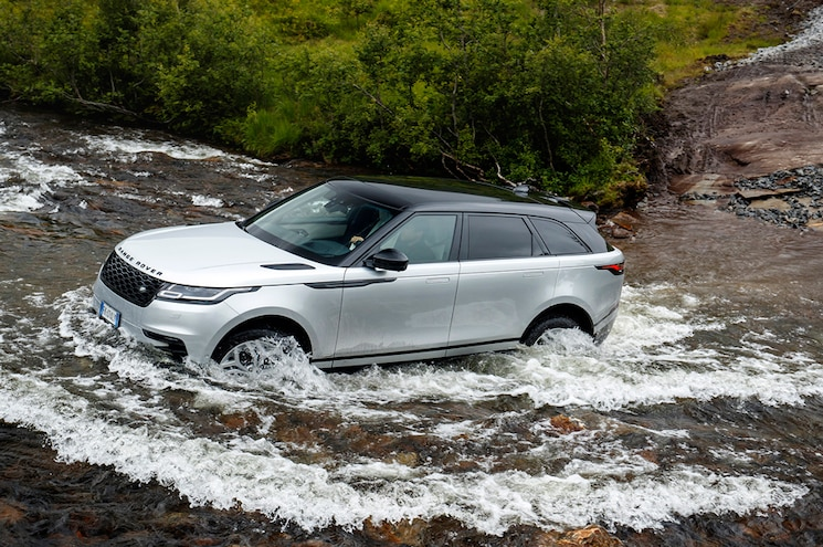 Contemporary and Capable: The 2018 Range Rover Velar Gets Ad Love