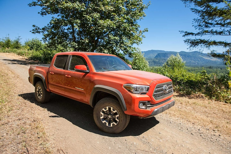 2016 Toyota Tacoma TRD Off Road Passenger Side Front View