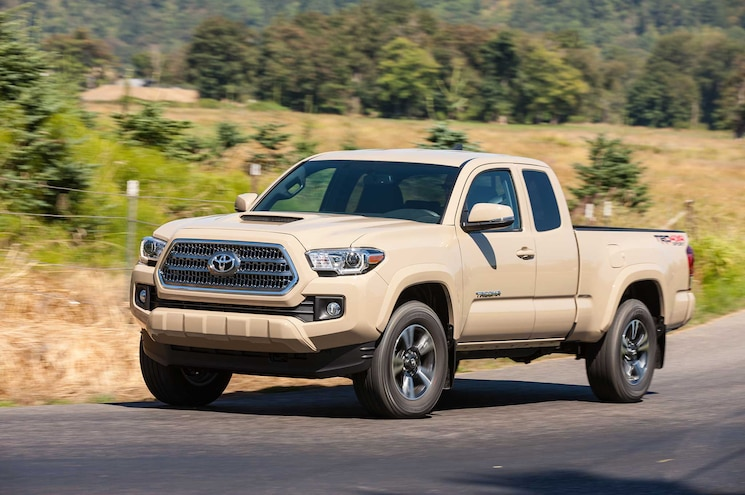 2016 Toyota Tacoma TRD Sport Driver Side Front View