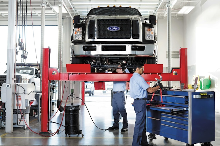 Auto News 8 Lug Work Truck Ford Commercial Vehicle Program Business Financing Dealers