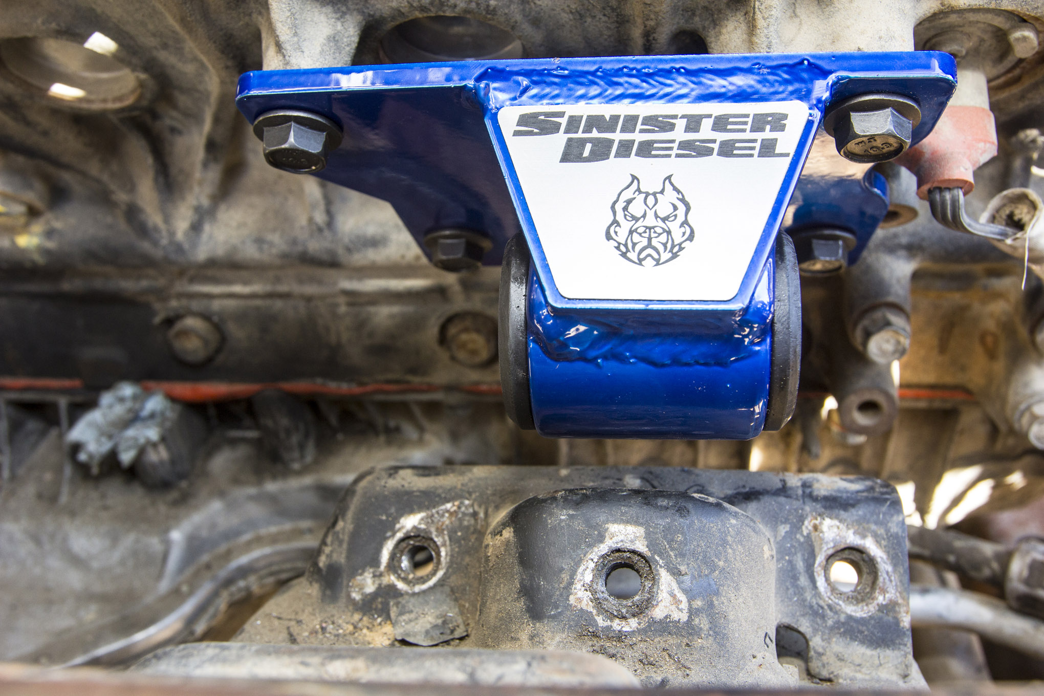 Sinister Diesel '01 to '10 Duramax Motor Mount Install