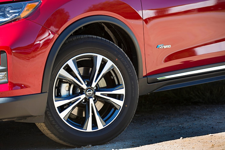2017 Nissan Rogue Hybrid Wheel