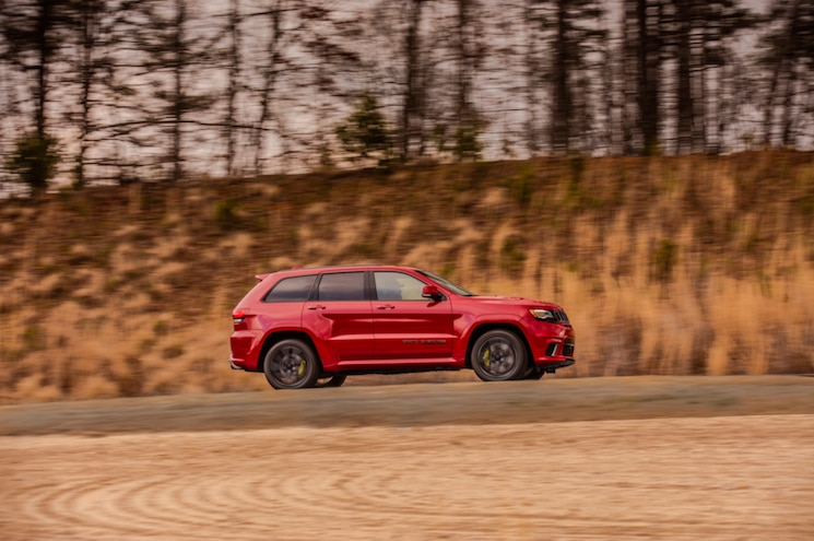2018 Jeep Grand Cherokee Trackhawk Exterior Side Profile 02