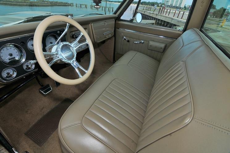 1968 Chevy C10 Rust Bucket Interior