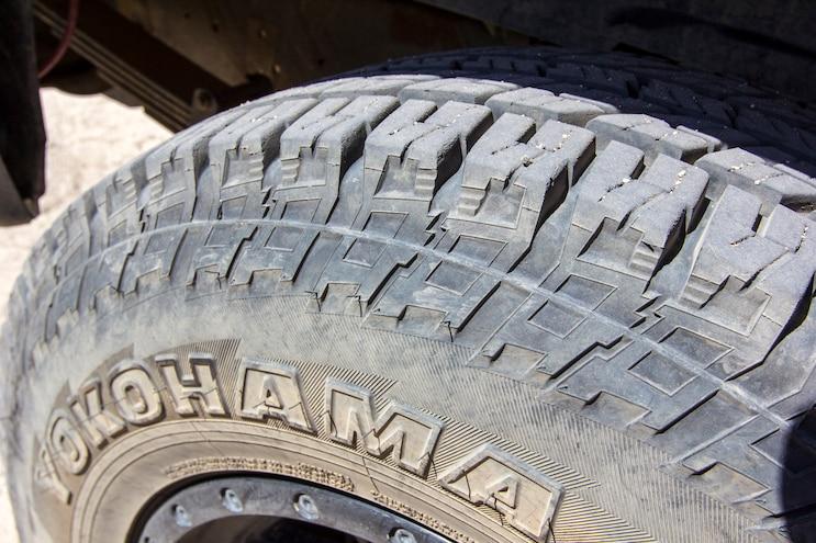 Yokohama Geolandar G015 Tire