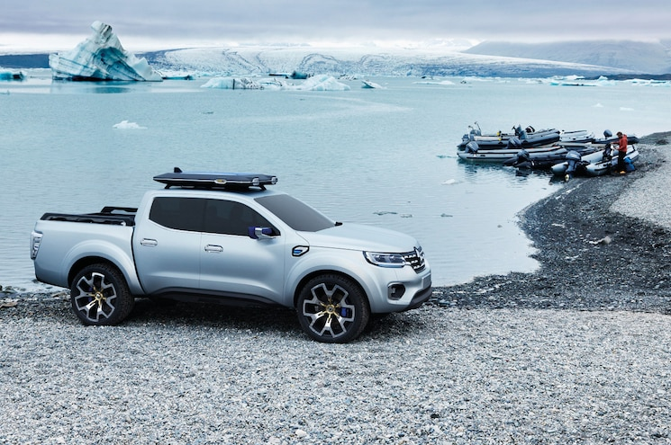 Renault Shows Alaskan Concept Pickup Following Arrival of Nissan Navara in Europe