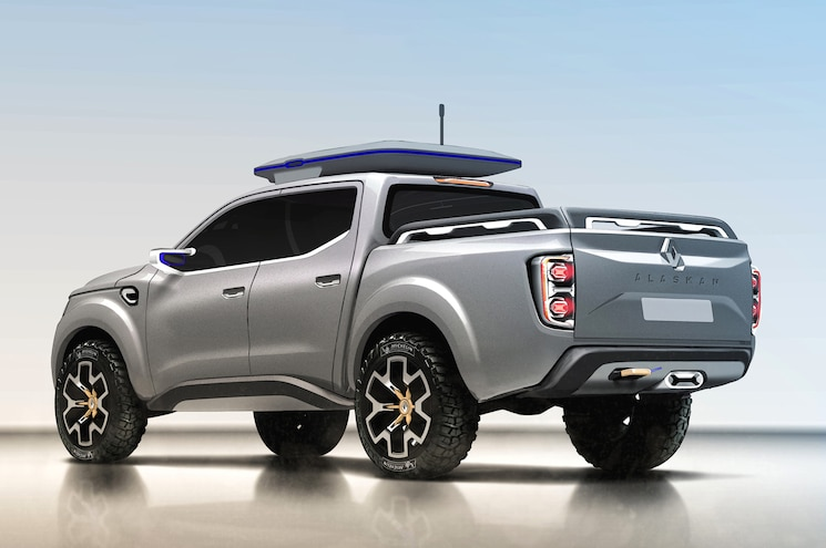 Renault Alaskan Concept Rear Three Quarter 3