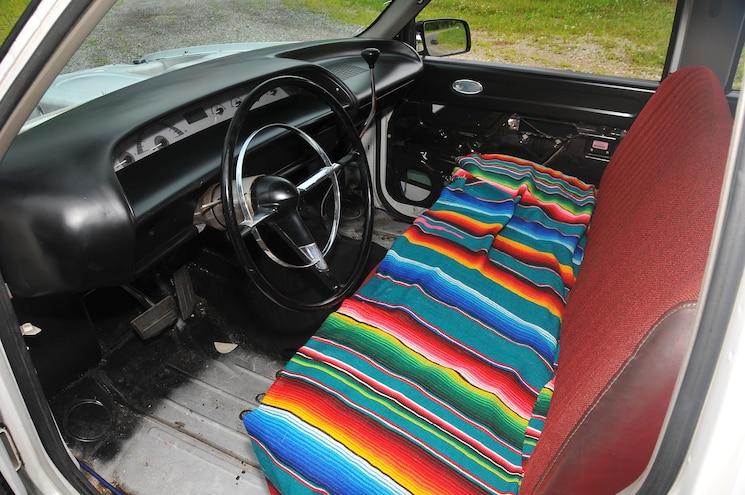 1999 Chevy 3500 White Shadow Interior