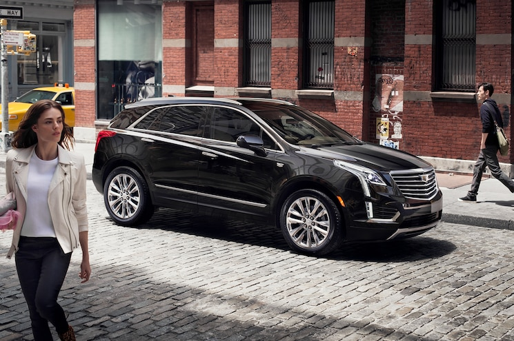 Cadillac Reveals 2017 XT5 Crossover by Partnering with Public School