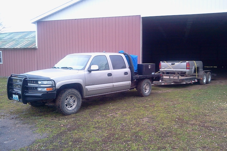 Chevrolet 1500HD Owners Say Hauling